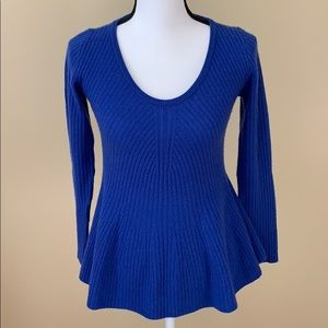 Neiman Marcus Cashmere Royal Blue Sweater Small